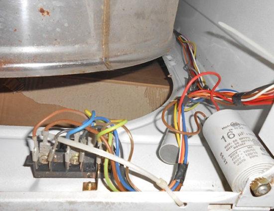 Повреждение проводки стиральной машины (обрыв)