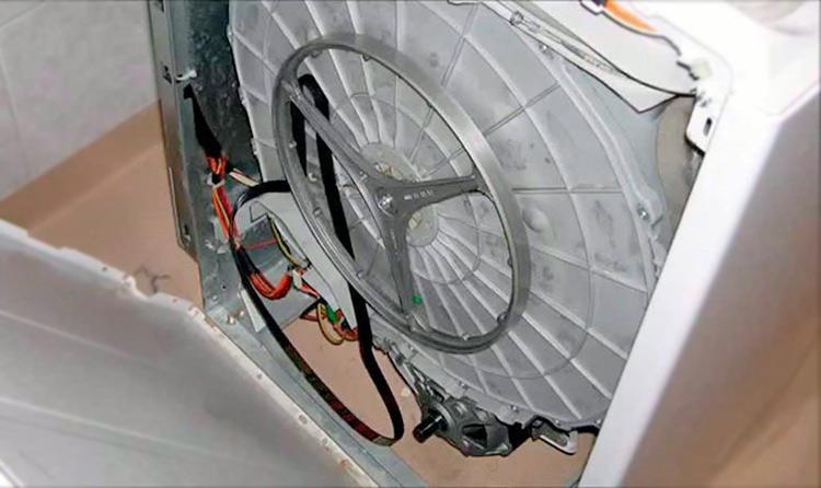 Слетел ремень с барабана стиральной машины – как надеть